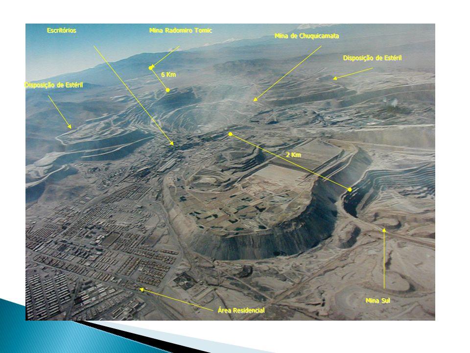 Mina Sul Mina de Chuquicamata. Mina Radomiro Tomic. Área Residencial. Escritórios. Disposição de Estéril.