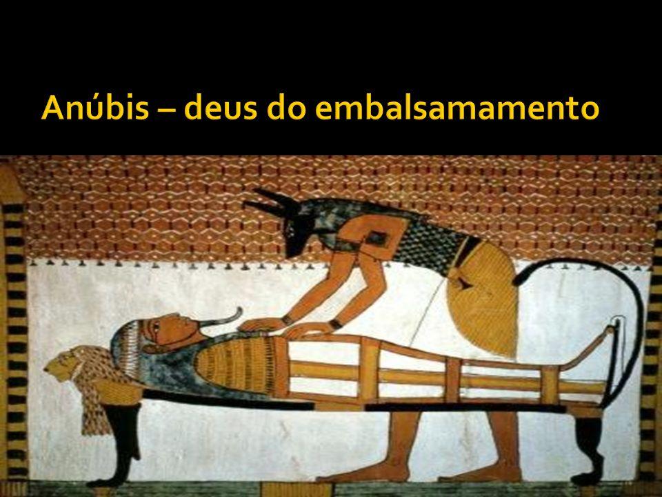 Anúbis – deus do embalsamamento