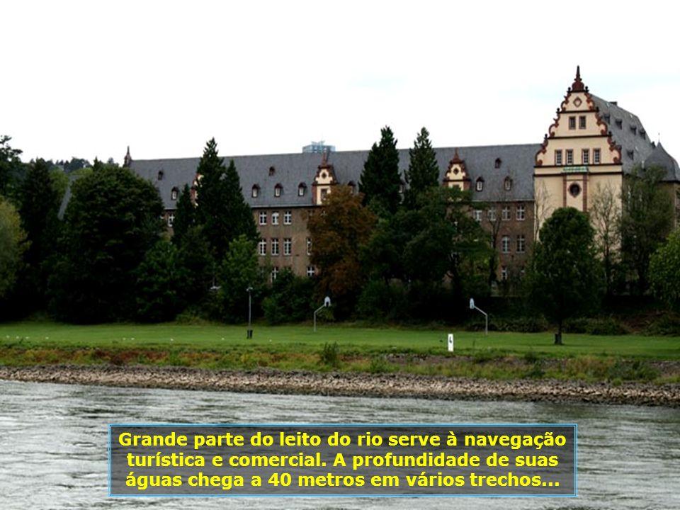 IMG_2652 - ALEMANHA - ST. GOARSHAUSEN - CRUZEIRO NO RENO-700.jpg