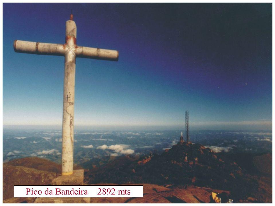 Pico da Bandeira 2892 mts