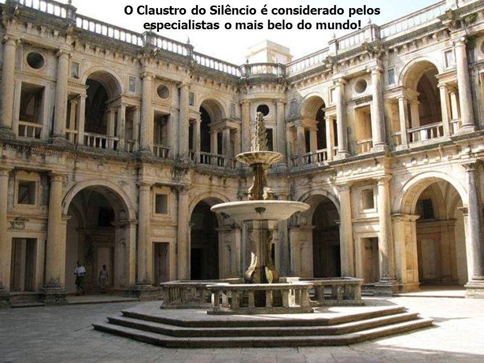 O Claustro do Silêncio é considerado pelos especialistas o mais belo do mundo!