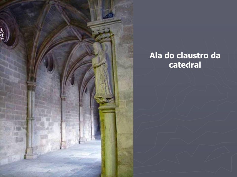 Ala do claustro da catedral