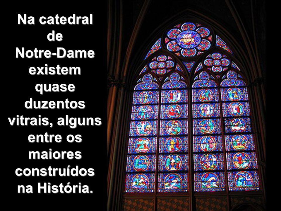 Na catedral de Notre-Dame.