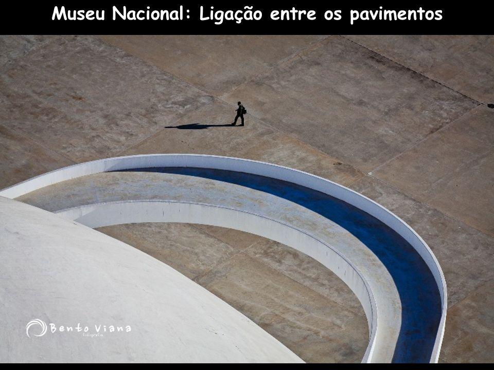 Museu Nacional: Ligação entre os pavimentos