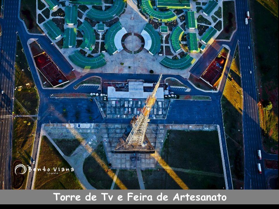 Torre de Tv e Feira de Artesanato