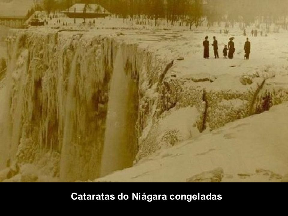 Cataratas do Niágara congeladas