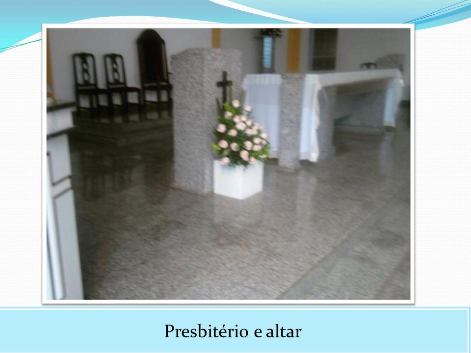 Presbitério e altar