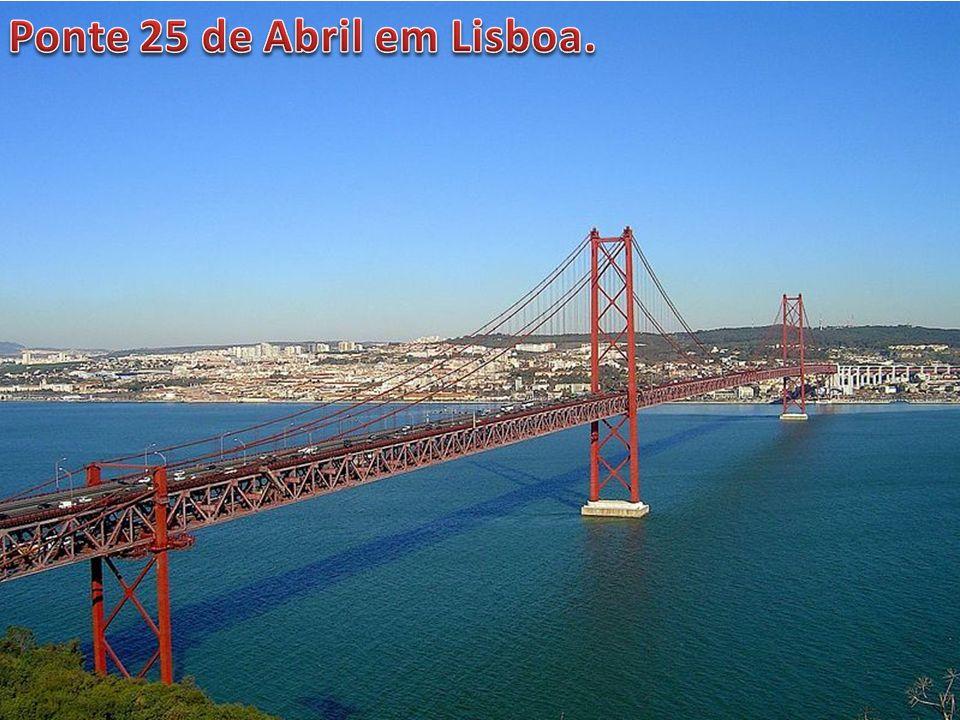 Ponte 25 de Abril em Lisboa.