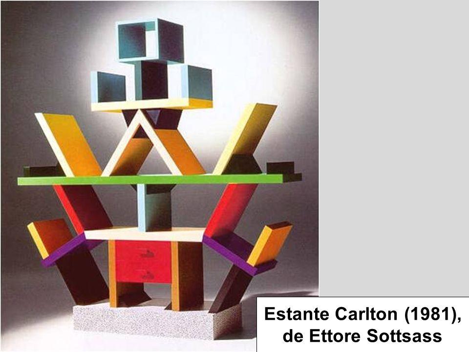 Estante Carlton (1981), de Ettore Sottsass