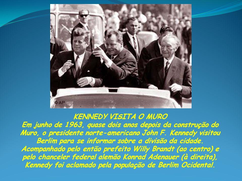 KENNEDY VISITA O MURO