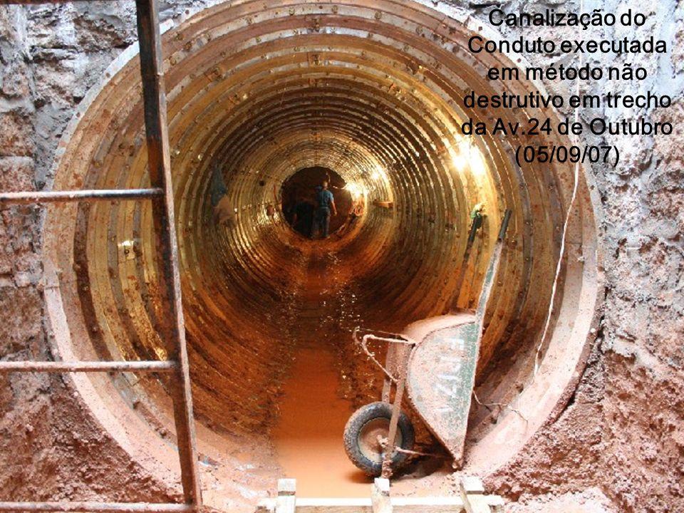 Canalização do Conduto executada em método não destrutivo em trecho da Av.24 de Outubro (05/09/07)