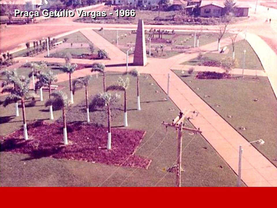 Praça Getúlio Vargas - 1966