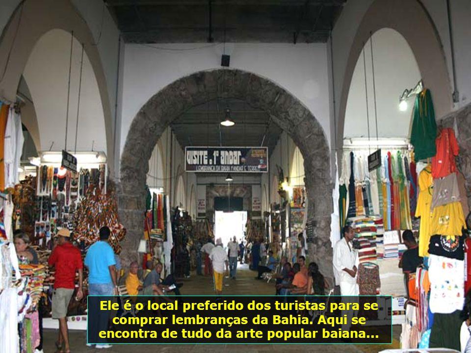 IMG_0145 - SALVADOR - MERCADO MODELO INTERNA-700