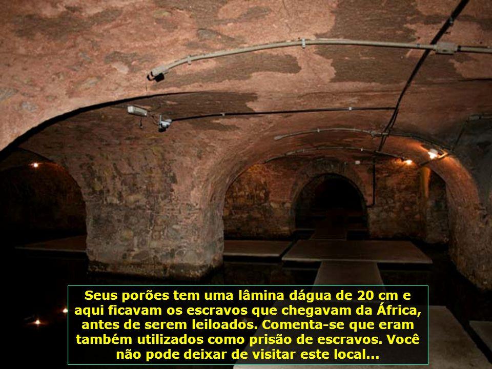 IMG_0147 - SALVADOR - MERCADO MODELO - PORÃO-700