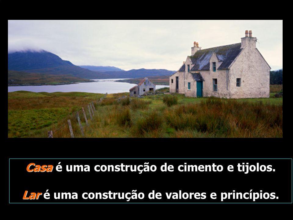 Casa é uma construção de cimento e tijolos.
