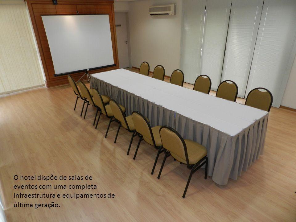 O hotel dispõe de salas de eventos com uma completa infraestrutura e equipamentos de última geração.