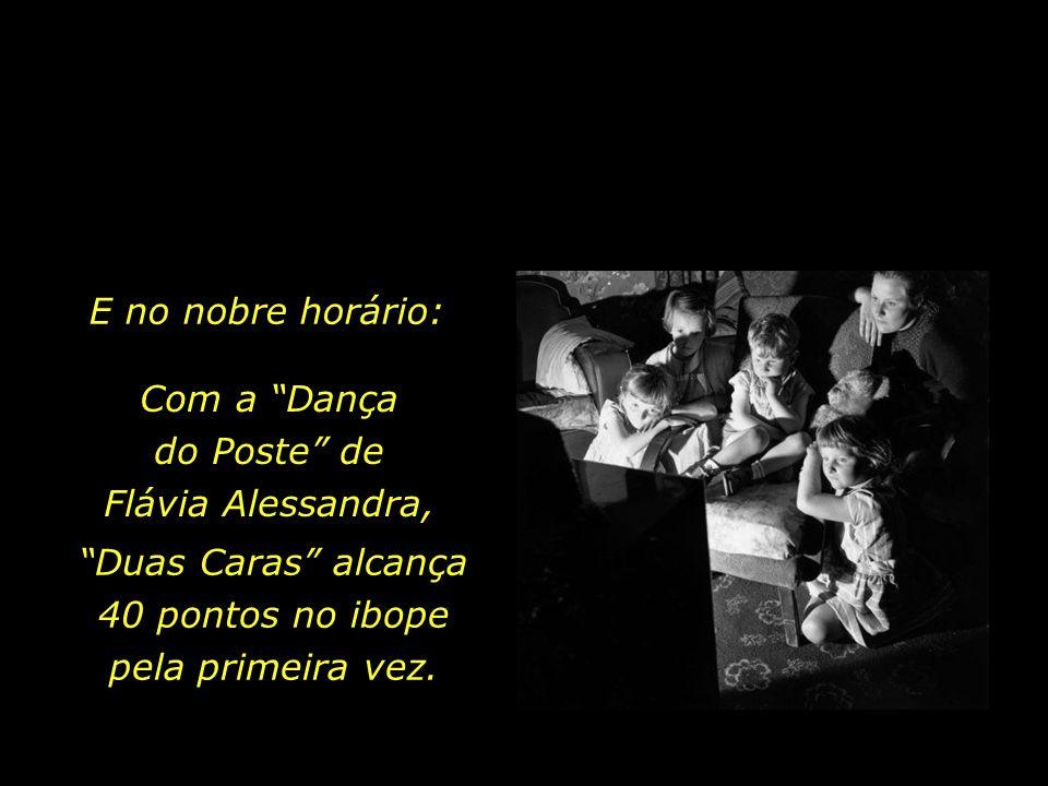 Com a Dança do Poste de Flávia Alessandra,
