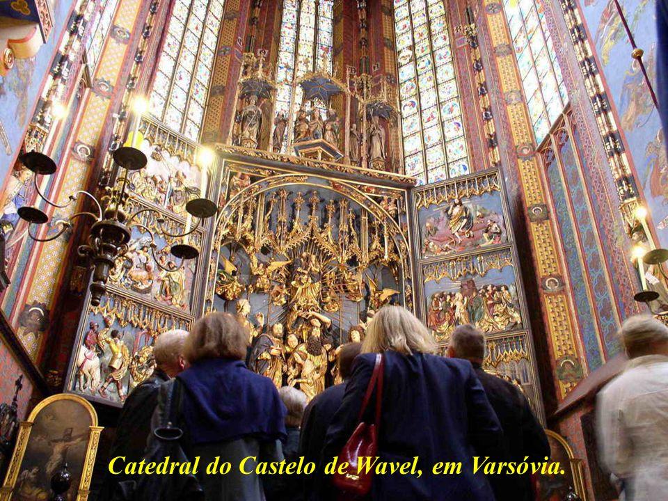 Catedral do Castelo de Wavel, em Varsóvia.