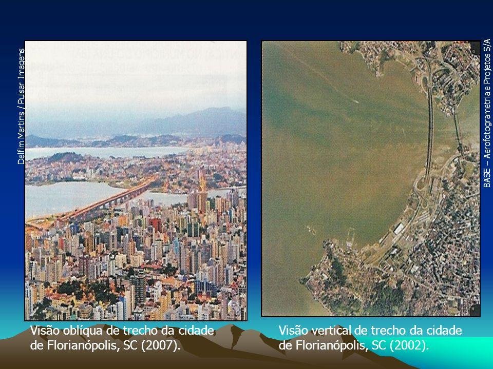 Visão oblíqua de trecho da cidade de Florianópolis, SC (2007).