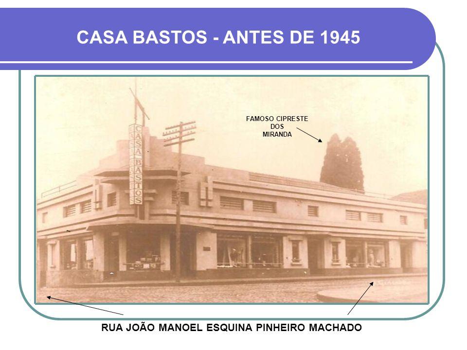 FAMOSO CIPRESTE DOS MIRANDA RUA JOÃO MANOEL ESQUINA PINHEIRO MACHADO
