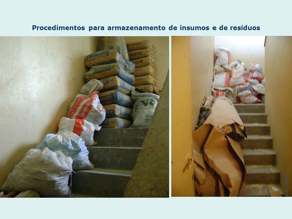 Procedimentos para armazenamento de insumos e de resíduos