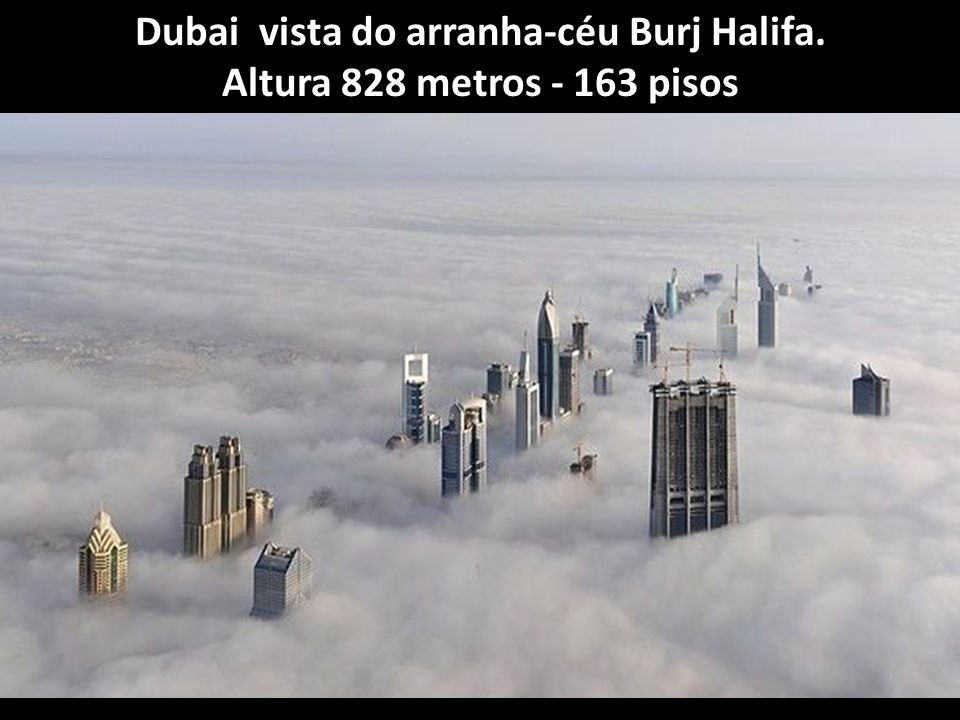 Dubai vista do arranha-céu Burj Halifa.