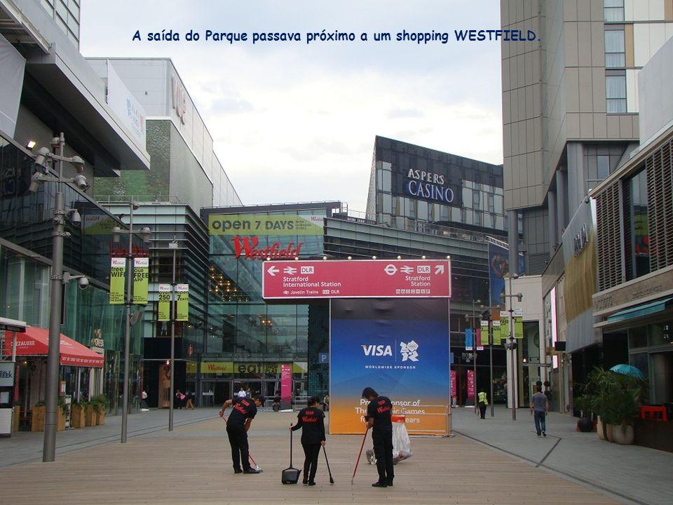 A saída do Parque passava próximo a um shopping WESTFIELD.