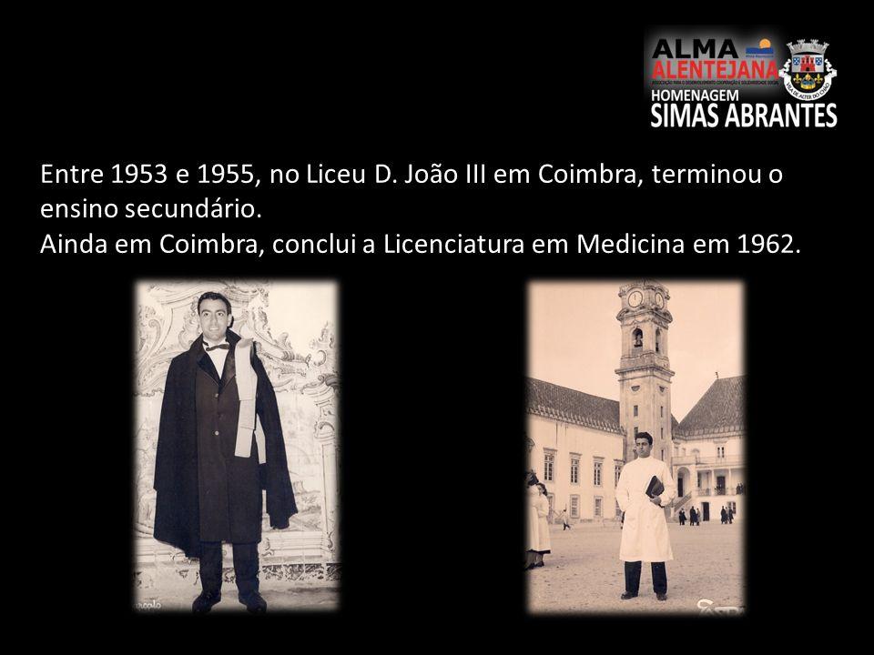 Entre 1953 e 1955, no Liceu D. João III em Coimbra, terminou o ensino secundário.