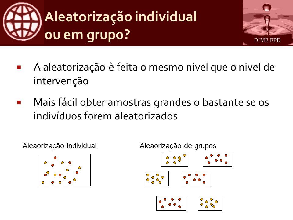 Aleatorização individual ou em grupo