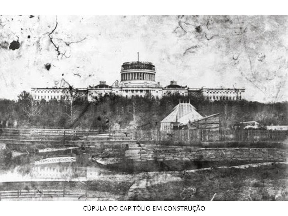 CÚPULA DO CAPITÓLIO EM CONSTRUÇÃO