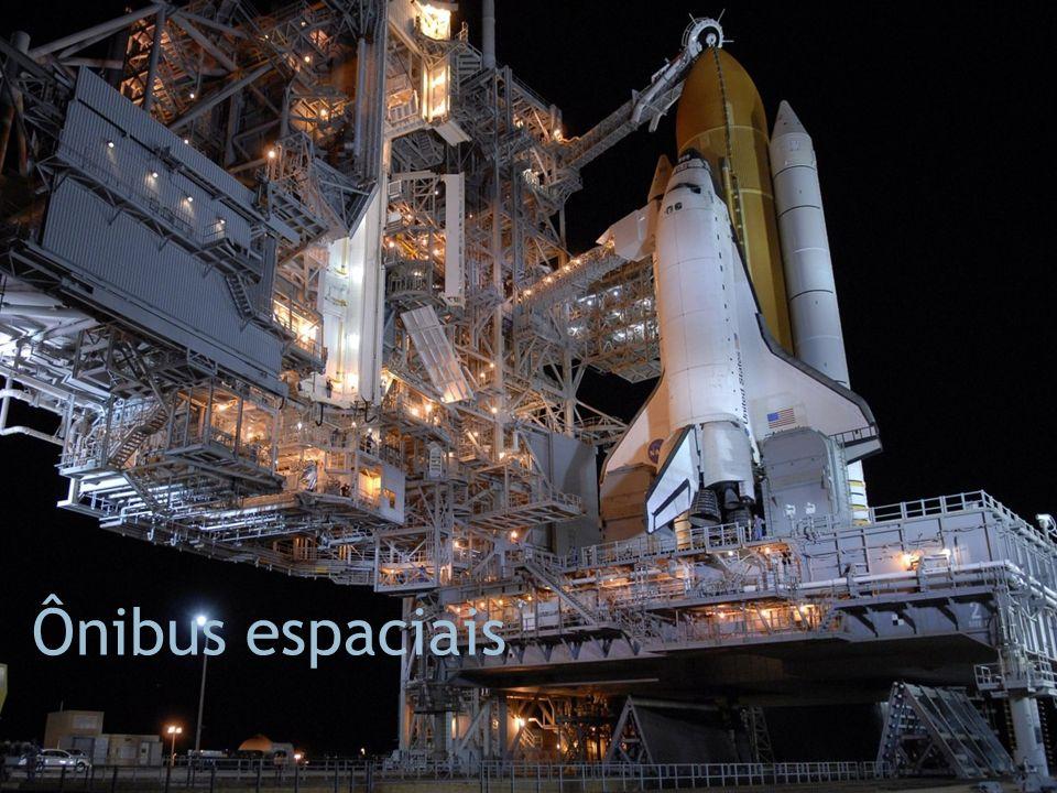 Ônibus espaciais Fonte da imagem: http://www.zastavki.com/zoom.php item=21720&res=14