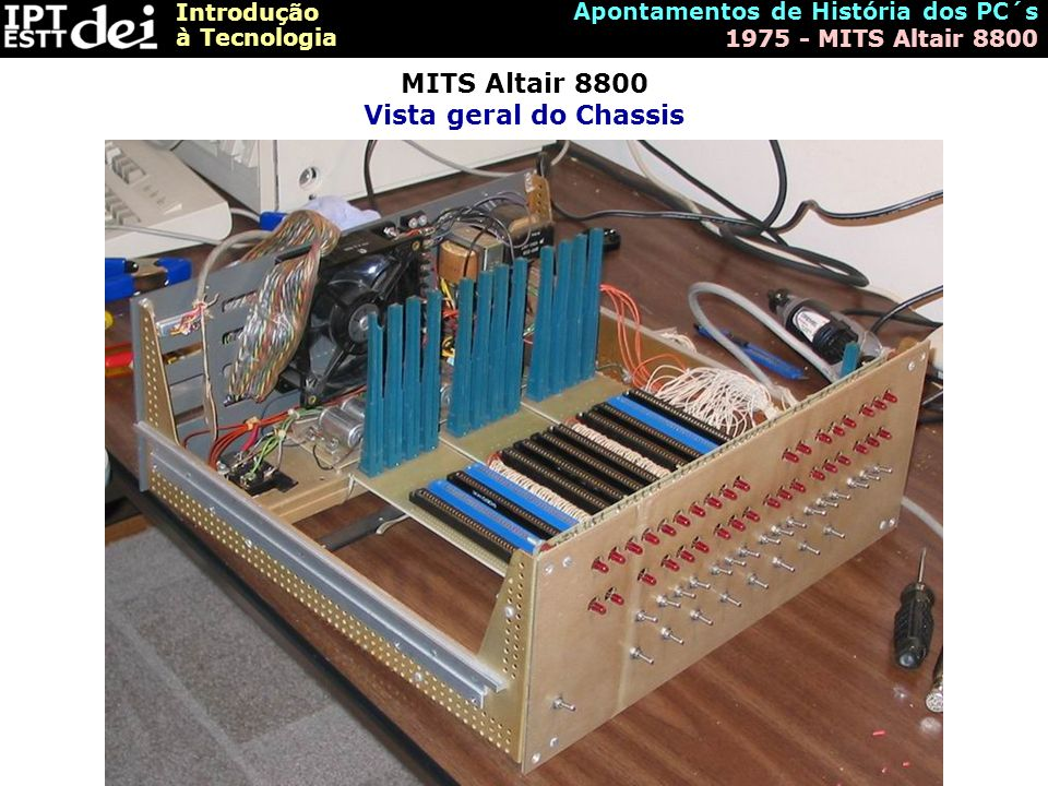 MITS Altair 8800 Vista geral do Chassis