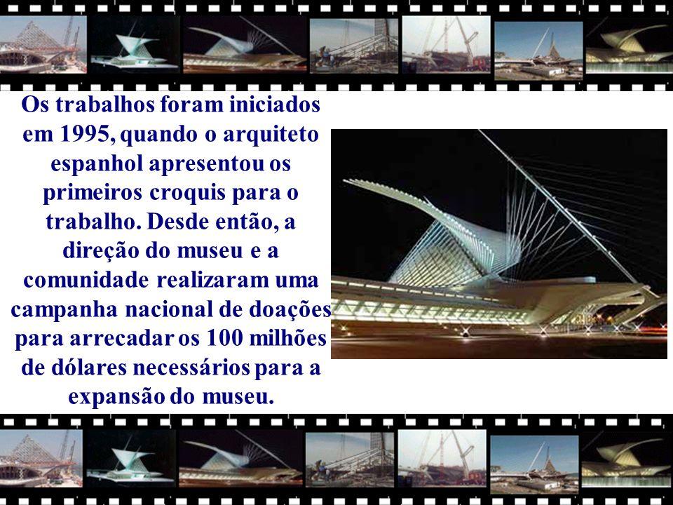 Os trabalhos foram iniciados em 1995, quando o arquiteto espanhol apresentou os primeiros croquis para o trabalho.
