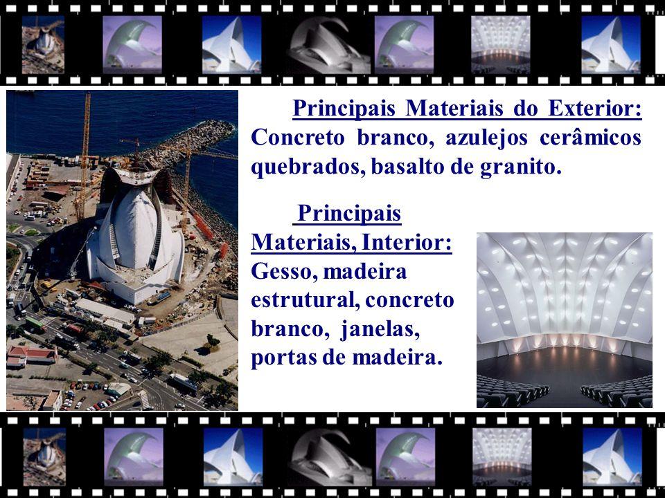 Principais Materiais do Exterior: Concreto branco, azulejos cerâmicos quebrados, basalto de granito.