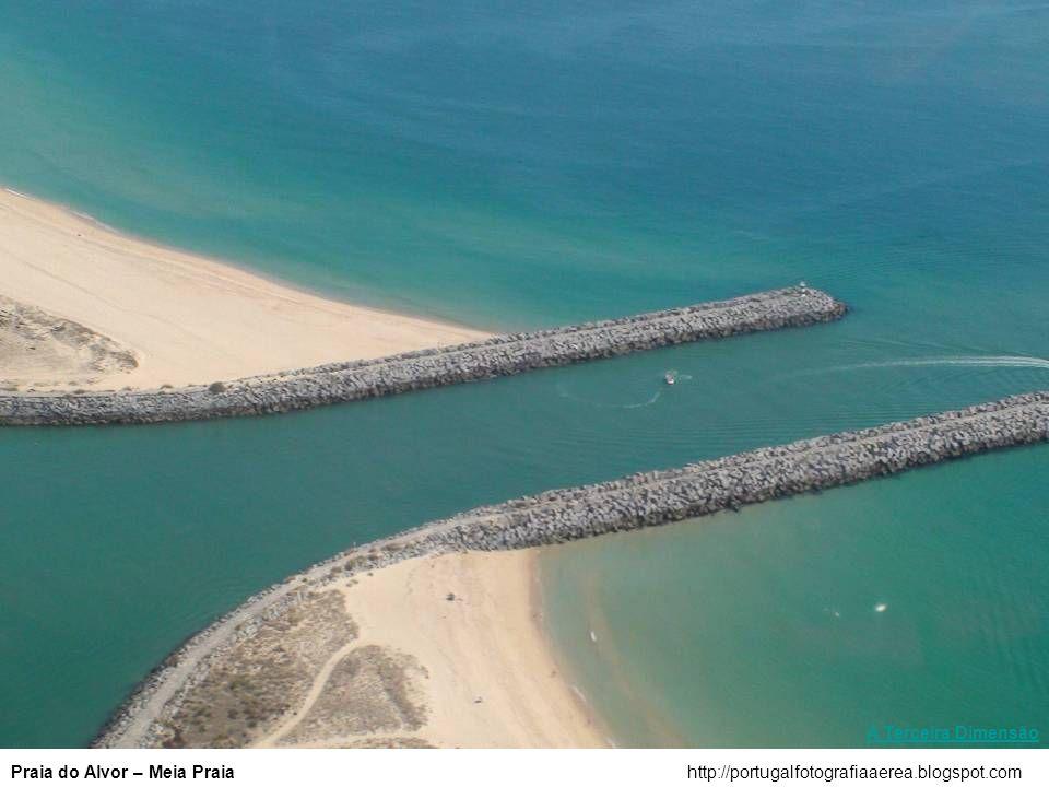 A Terceira Dimensão Praia do Alvor – Meia Praia http://portugalfotografiaaerea.blogspot.com