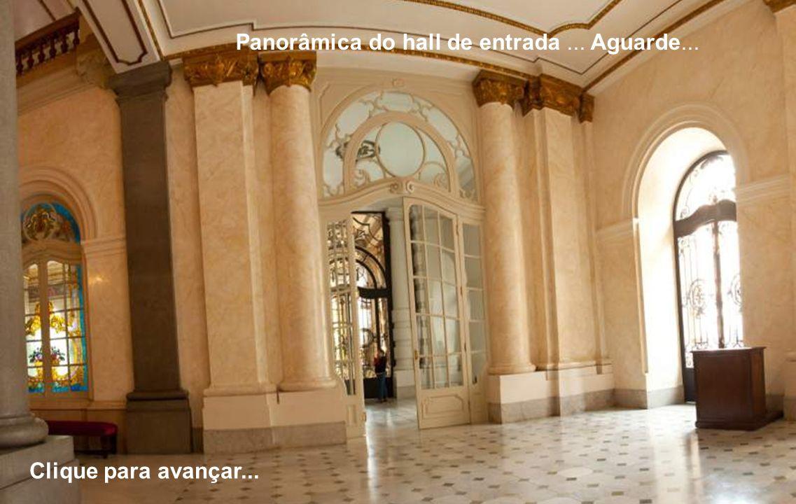 Panorâmica do hall de entrada ... Aguarde...