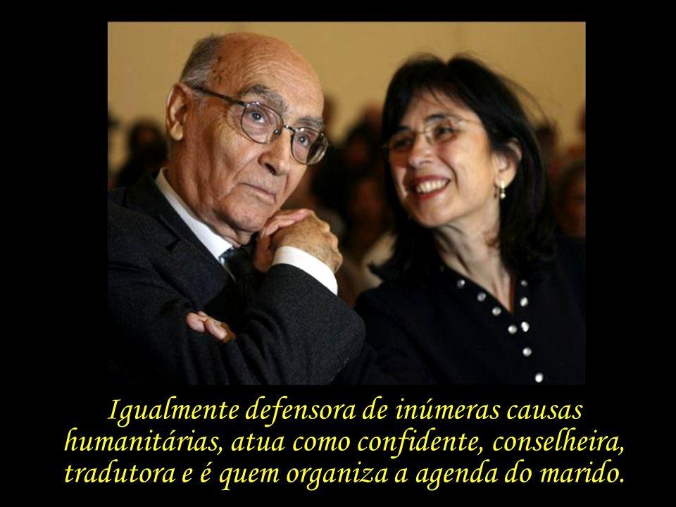 Igualmente defensora de inúmeras causas humanitárias, atua como confidente, conselheira, tradutora e é quem organiza a agenda do marido.
