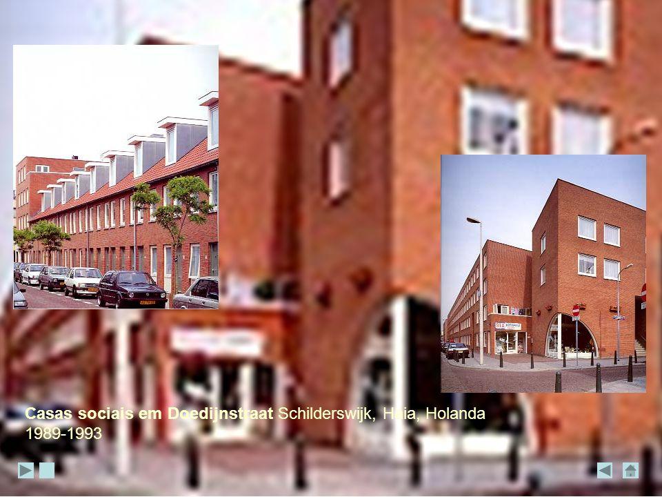 Casas sociais em Doedijnstraat Schilderswijk, Haia, Holanda