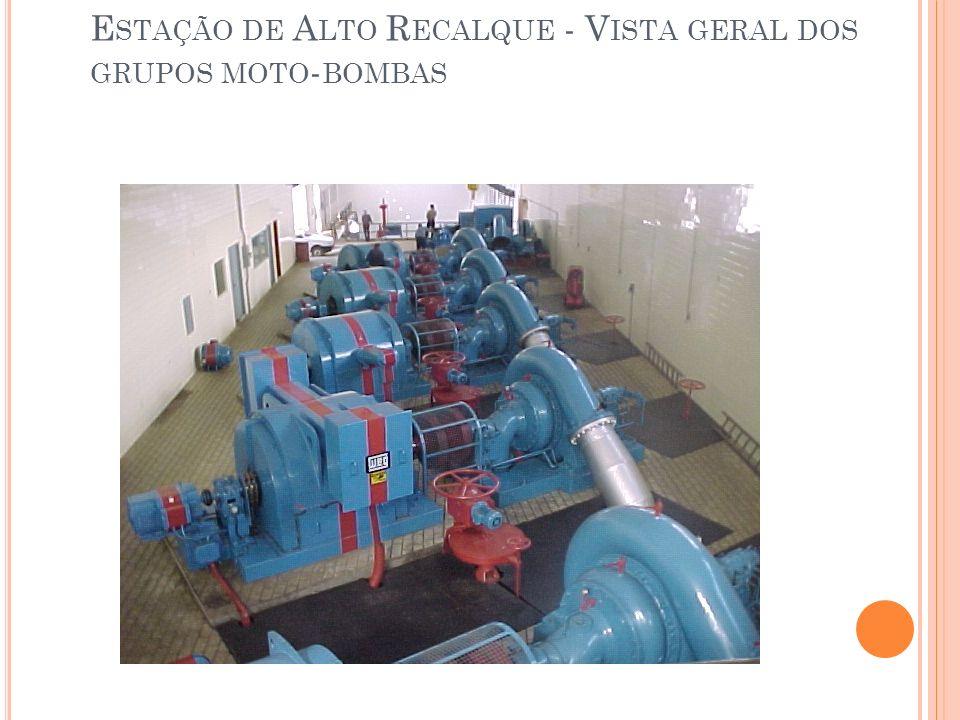 Estação de Alto Recalque - Vista geral dos grupos moto-bombas