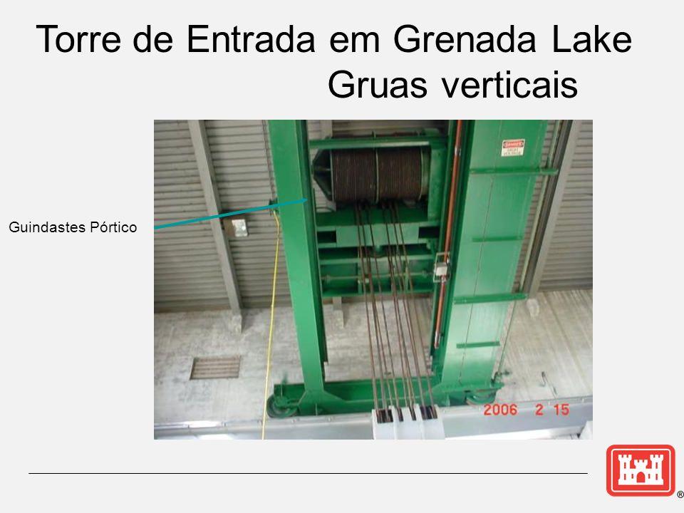 Torre de Entrada em Grenada Lake Gruas verticais