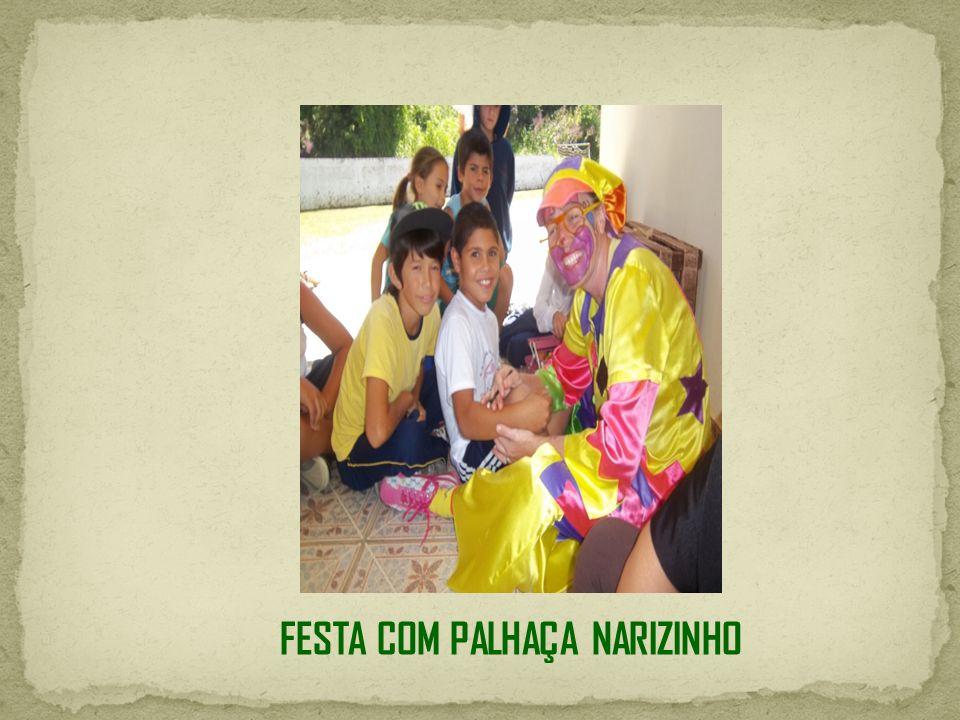 FESTA COM PALHAÇA NARIZINHO