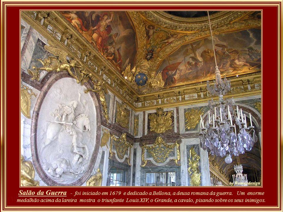Salão da Guerra - foi iniciado em 1679 e dedicado a Bellona, a deusa romana da guerra.