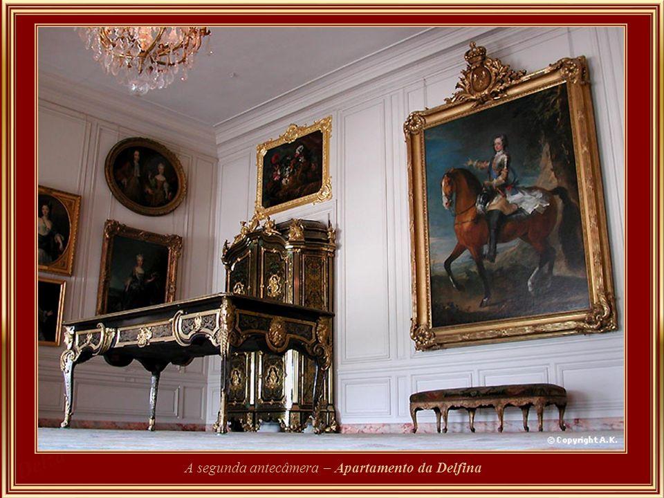 A segunda antecâmera – Apartamento da Delfina