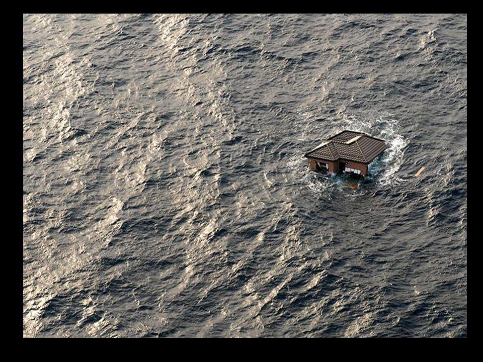 Tudo que é sólido se desmancha no mar.