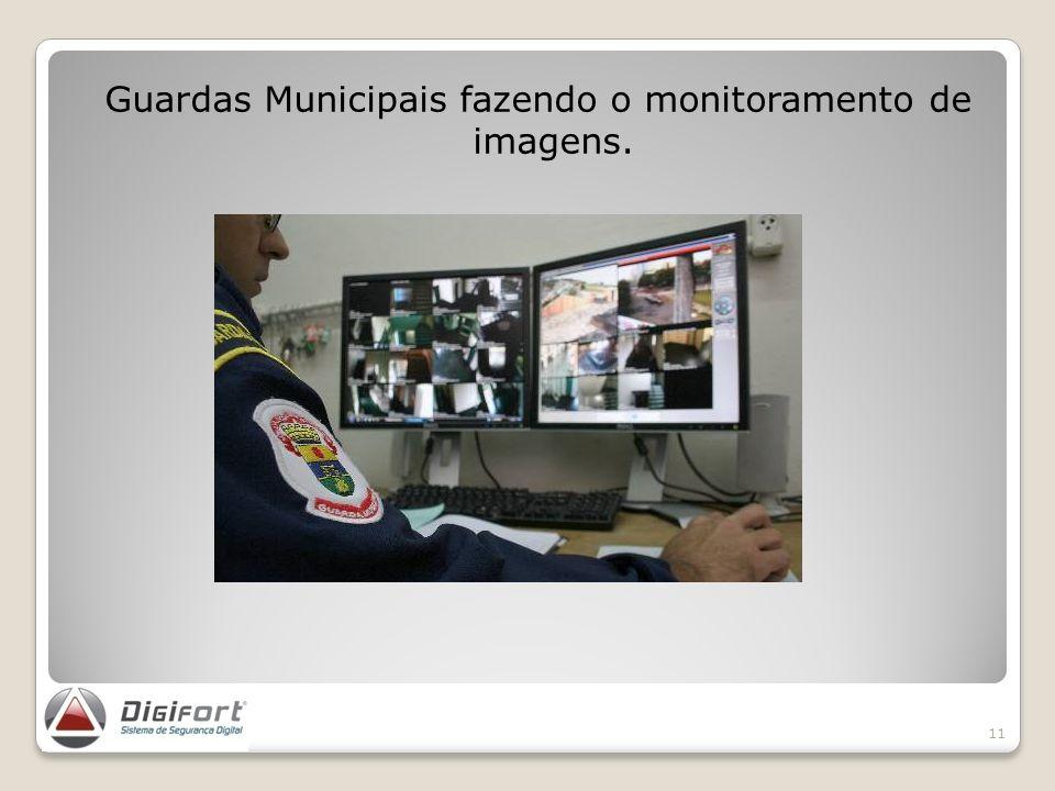 Guardas Municipais fazendo o monitoramento de imagens.