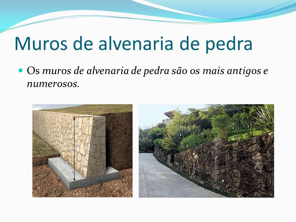 Muros de alvenaria de pedra