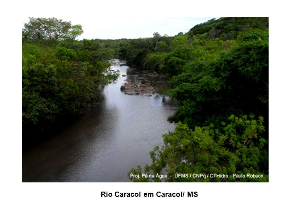 Rio Caracol em Caracol/ MS