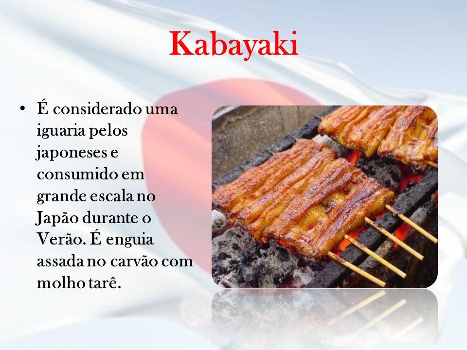 Kabayaki É considerado uma iguaria pelos japoneses e consumido em grande escala no Japão durante o Verão.