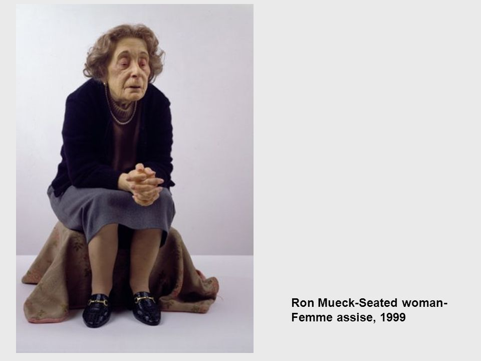 Ron Mueck-Seated woman-