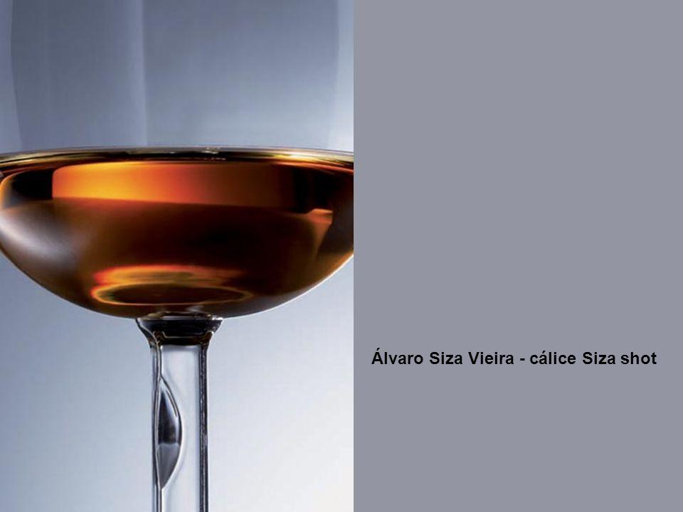 Álvaro Siza Vieira - cálice Siza shot